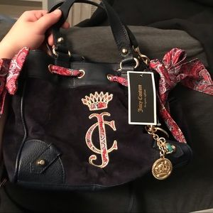 Brand New Juicy Couture Velour Purse